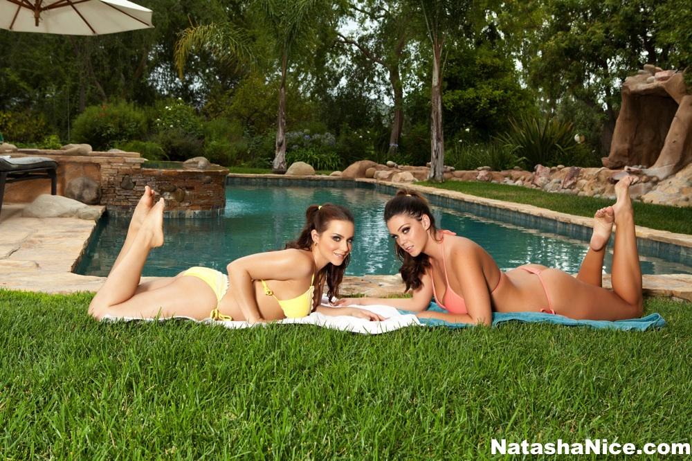 Lesbian Bikini Sluts